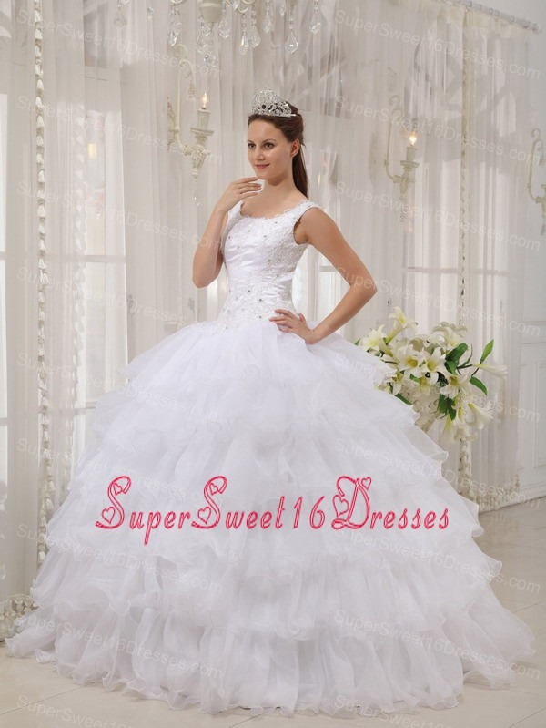 Straps Organza Layers Applique Design White Sweet 16 Quinceanera Dresses