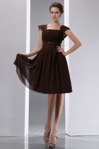 Brown Empire Square Knee-length Chiffon Beading Dama Dresses for Sweet 16