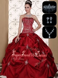 Popular Embroidery Strapless Sweet 16 Dresses in Wine Red