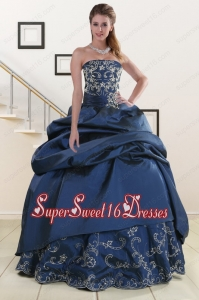 2015 Custom Made Embroidery and Beaded Quinceanera Dresses in Navy Blue