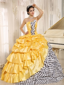 Popular Multi-color Pick-ups Strapless 2013 Sweet 16 Dress In Santiago del Estero