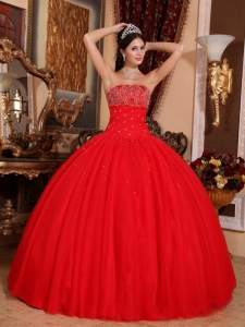 Romantic Red Sweet 16 Quinceanera Dress Strapless Tulle Beading Ball Gown